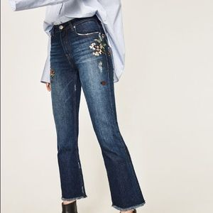 Zara Bootcut Cropped jeans Floral Embroidery F24